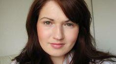 Julia Graf... Misschevous Makeup tutorials