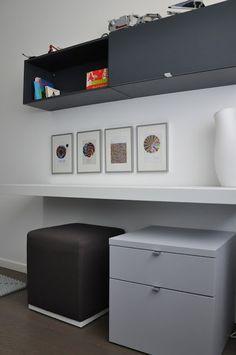 le stil ado va très bien mais j'aurai aimer plus de couleur vive! Love Design, Storage Chest, Kids Room, Desk, Furniture, Florence, Home Decor, Lily, Decoration