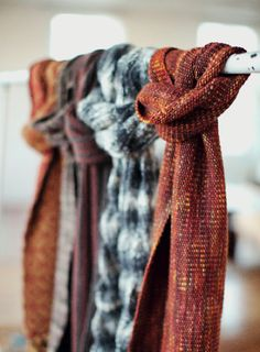 Linen scarf or wrap - free knitting pattern
