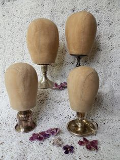 millinery head tutorial. Display my best hats in style. By Todolwen.blogspot.com  This is Genius!