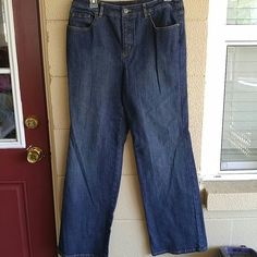 Jeans size 10 talbots 32 in inseam Size 10 Stretch No flaws Boot cut Combine with other items to save on shipping and get better pricing Talbots Jeans Boot Cut
