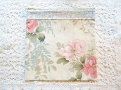Zipper pouch cosmetic bag pencils case duck egg blue and light pink off-white floral with vintage fabrics