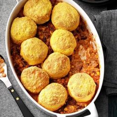 15 Easy and Yummy Meat Recipes For a Quick Dinner Casserole Recipes, Meat Recipes, Baking Recipes, Beef Casserole, Hamburger Recipes, Quick Recipes, Quick Meals, Pasta Recipes, Chicken Recipes