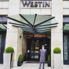 From light bites, afternoon teas and cocktails to the luxurious hotel rooms in the heart of Dublin. We welcome you to The Westin Dublin!