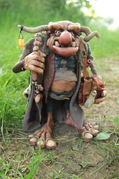 Troll Vagabond by impsandthings on DeviantArt Woodland Creatures, Magical Creatures, Kobold, Elves And Fairies, 3d Fantasy, Polymer Clay Dolls, Paperclay, Sculpture Clay, Polymer Clay Sculptures