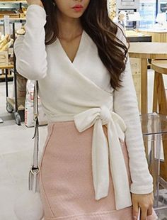 Chic Long Sleeve V-Neck Solid Color Self-Tie Bowknot Pattern T-Shirt For Women
