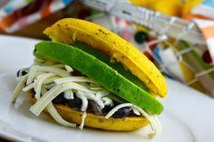 Savoir Faire: Receta de arepas fit de maíz amarillo con chía   arepasfit.com Sin Gluten, Gluten Free, Queso Fresco, Empanadas, Hamburger, Sandwiches, Tacos, Mexican, Pasta