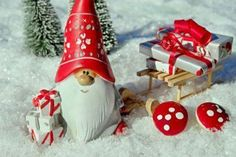 Free Christmas Pictures & Images In HD Merry Christmas, Unique Christmas Gifts, Christmas 2019, Holiday Gifts, Christmas Ornaments, Swedish Christmas, Christmas Crafts, Advent Calendars For Kids, Kids Calendar