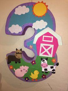 Farm pinata. Farm Girl pinata. Barn pinata. Animal barnyard Farm . Farm birthday Party. Farm decoration. Girl Farm piñata. Farm birthday