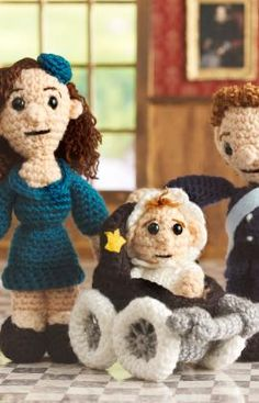 """The Royal Family Doll -Free Amigurumi Pattern - PDF Version  - Click: """"Download Printable Instructions""""  here: http://www.redheart.com/free-patterns/royal-family"""