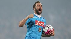 Higuain agrees to join Juventus from Napoli for £79m - report