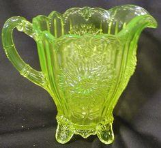 Vaseline Glass Dahlia Pattern Full Size Water Pitcher | eBay