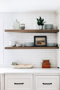 Home Interior Kitchen .Home Interior Kitchen Floating Shelves Kitchen, Home Kitchens, Kitchen Design, Kitchen Inspirations, Kitchen Renovation, Kitchen Decor, Small Kitchen, Home Remodeling, Floating Shelf Decor