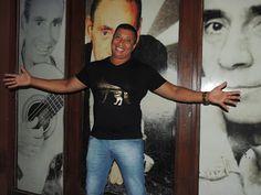"""♥ Pedro Manso estreia Show """"Crise de Riso"""" no Bar do Nelson ♥ SP ♥  http://paulabarrozo.blogspot.com.br/2016/03/pedro-manso-estreia-show-crise-de-riso.html"""