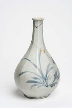 Philadelphia Museum of Art - Collections Object : Bottle with Chrysanthemums and Orchids Korean Pottery, Antique Pottery, Philadelphia Museum Of Art, Chrysanthemums, Blue And White China, Korean Art, Tea Ceremony, Fine Porcelain, Wabi Sabi