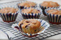 Blåbærmuffins med kanelkrønsj Norwegian Food, Norwegian Recipes, Cake Recipes, Muffins, Breakfast, Cakes, Morning Coffee, Muffin, Easy Cake Recipes