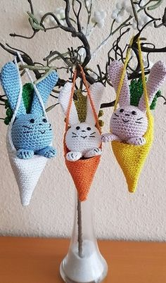 Easter Crochet, Bunny, Christmas Ornaments, Holiday Decor, Crafts, Inspiration, Amigurumi, Tejidos, Needlepoint