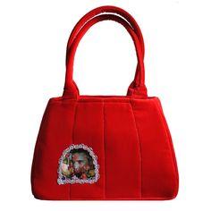 Vita Occulta - The Secret World Inside Your Bag Fashion Brand, New Fashion, The Secret World, Handmade Handbags, Silver Lining, You Bag, Timeless Design, Crossbody Bags, Velvet