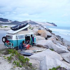 Volkswagon Van :: VDUB :: VW bus :: Volkswagen Camper :: The perfect vintage travel companion for the beach, surf, camping + summer road trips :: travel style & inspiration Vw Camper, Vw Caravan, Kombi Motorhome, Campervan, Volkswagen Bus, Vw T1, Vw Buzz, Van Life, Wolkswagen Van