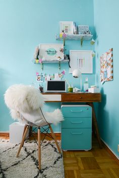home office inspiration Turquoise Office, Teal Office, Turquoise Room, Office Inspo, Office Ideas, Teen Girl Bedrooms, Teen Bedroom, Office Makeover, Home Office Decor