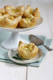 Lykkelig - mein Foodblog: Mit vier Hapsen im Bauch: Ein fabelhaftes Rezept für Apfel-Küchlein mit Rosmarin