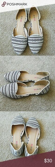 Justfab shoes Size US 7.5, UK 5.5, EU 38. Wear once. JustFab Shoes Flats & Loafers