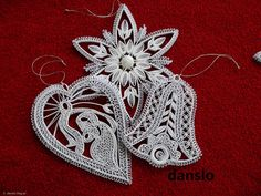VK is the largest European social network with more than 100 million active users. Neli Quilling, Quilled Roses, Quilling Comb, Paper Quilling Patterns, Quilled Paper Art, Quilling Ideas, Quilling Christmas, Christmas Tree Crafts, Christmas Snowflakes