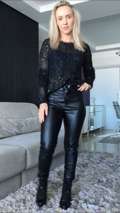 f4ec77e09 As 22 melhores imagens em calças de couro pretas