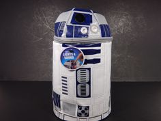 Thermos Star Wars R2D2 Insulated Lunchbox W/Lights & Sound  $33.97     1173