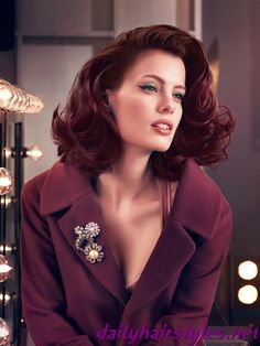 Love the whole look and the plum.red hair