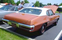 1971 Pontiac D98: Rally Stripes  They came in three different colors and are not the same as the Judge stripes. They are on…