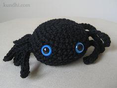 Free #crochet spider amigurumi pattern - - http://www.kundhi.com/blog/2010/10/25/tiny-crochet-spider-pattern/#sthash.4DIRmsdp.dpbs