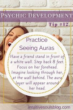 Anyone can learn how to see auras - especially the first layer - within minutes. It's also a fun way to develop psychic ability, particularly clairvoyance. Psychic Powers, Psychic Abilities, How To See Aura, Online Psychic, Psychic Development, Spiritual Development, Psychic Mediums, Psychic Readings, Psychic Games