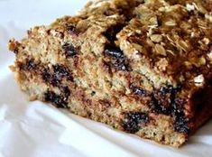 Healthy vegan and gluten-free chocolate chip oatmeal banana bread made with homemade gluten-free oat flour, and sweetened with just bananas and a bit of brown sugar. The perfect healthy oatmeal banana bread for breakfasts and snacks. Gluten Free Banana, Gluten Free Chocolate, Vegan Chocolate, Vegan Gluten Free, Gluten Free Recipes, Chocolate Cake, Dairy Free, Oatmeal Banana Bread, Chocolate Chip Oatmeal