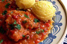 Reteta culinara Tocanita de pui cu ardei si ceapa din categoria Pui. Specific Romania. Cum sa faci Tocanita de pui cu ardei si ceapa