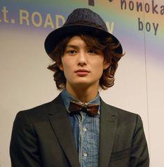Okada masaki Japanese Film, Japanese Men, Okada Masaki, Making The First Move, Hollywood Actor, Asian Actors, Hot Boys, Beautiful Boys, The One