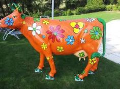 vache décorée - Recherche Google