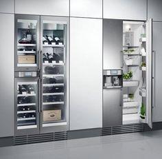 Gaggenau fridge, such a modern look Kitchen Butlers Pantry, Loft Kitchen, Kitchen Dinning, Home Decor Kitchen, New Kitchen, Kitchen Design, Kitchen Ideas, Kitchen Inspiration, Elegant Kitchens