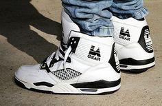 La Gear Kareem Abdul Jabbar Nostalgie pour ma part La Gear Sneakers, Retro Sneakers, Classic Sneakers, Shoes Sneakers, Fresh Shoes, Hot Shoes, Light Up Shoes, Basketball Sneakers, High Top Basketball Shoes