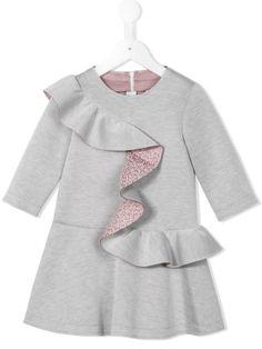 Купить Fendi Kids платье с оборками в O' from the world's best independent boutiques at farfetch.com. 400 бутиков, 1 адрес. .