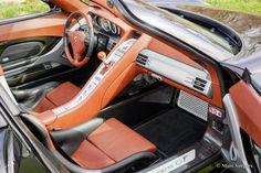 Porsche Carrera GT (2005).