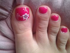 White flower,  hot pink nail color