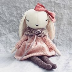 sharing the beautiful work of the amazing community of doll makers around the world