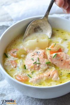 Learn to make the Best Alaskan Salmon Chowder in an Instant Pot with 8 amazing TIPS & fresh Salmon. Your chowder loving family will love this healthy Salmon Chowder. Fish Chowder, Chowder Soup, Fish Soup, Sushi Recipes, Cooking Recipes, Healthy Recipes, Easy Recipes, Keto Recipes, Canned Salmon Recipes