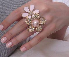 Daisy shaped jewels