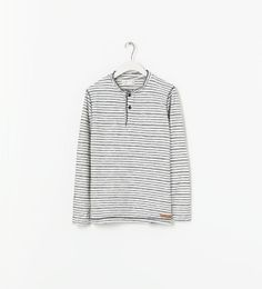 Image 1 of FINE STRIPED T-SHIRT from Zara