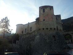 Castello Pandone, Venafro, Italia. 41°29′00″N 14°03′00″E