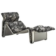 View this item and discover similar for sale at - Lounge chair, aluminium and fabric, Denmark. Very strong designed chaise lounge. Oriental Furniture, Modern Home Furniture, Scandinavian Dining Chairs, Lounge Design, Single Sofa, Low Chair, Chair And Ottoman, Fashion Art, Armchairs