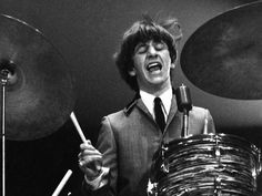 Google Image Result for http://llwproductions.files.wordpress.com/2012/07/ringo_starr_young_beatles_02.jpg