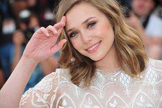 Elizabeth Olsen Love her hair and makeup! <3